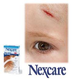 Para esos pequeños accidentes utiliza las Suturas Adhesivas Steri Stripde Nexcare.    - Ideal para cerrar pequeños cortes en la piel.  - Permite que la piel respire y se oxigene acelerando el proceso de curación.
