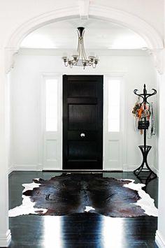 entry-cow-hide-rug