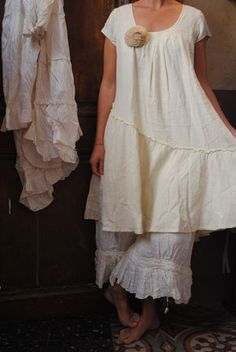 French linen prairie...these sorts of ensembles are adorable but I do not like cap sleeves :D