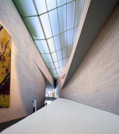 Kiasma Museum of Contemporary Art, Helsinki, Finland, Futuristic Interior, Futuristic Architecture, Amazing Architecture, Cultural Architecture, Architecture Design, Light Architecture, Helsinki, Lapland Northern Lights, Finnish Language