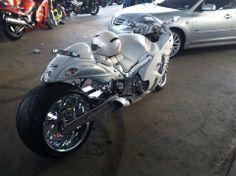 Street Motorcycles, Custom Street Bikes, Custom Sport Bikes, Custom Motorcycles, Motorcycle Icon, Suzuki Motorcycle, Moto Bike, Custom Hayabusa, Performance Bike