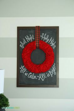 DIY Christmas Chalkboard and Red Ruffle Felt Wreath