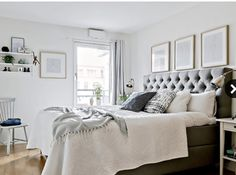 gray and white bedroom Modern Rustic Bedrooms, Apartment Bedroom Decor, Scandinavian Apartment, Modern Elegant Bedroom, Stylish Bedroom, Apartment Decor, Simple Bedroom, Modern Bedroom, Stylish Bedroom Decor
