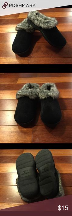 🆕 NWOT Slippers NWOT black velvet slippers with gray fur trim.  These have hard soles and could be worn outside. Cabernet Shoes Slippers