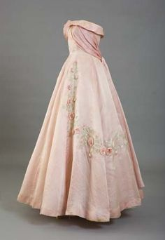 Vintage Rose Quartz strapless gown with appliqués.  Lady-Gray-Dreams