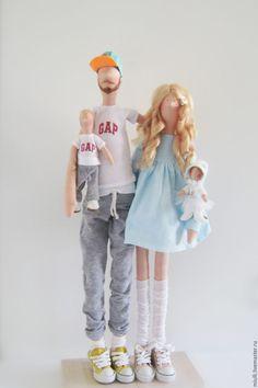 """Купить Тильда семья """"Счастливые родители"""" - тильда, кукла Тильда, тильда кукла, Тильда семья Sewing Art, Sewing Dolls, Doll Crafts, Diy Doll, Doll Toys, Baby Dolls, Free Barbie, Homemade Dolls, Guys And Dolls"""
