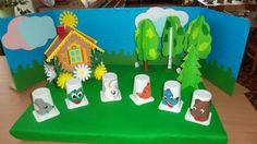 z kelímků od jogurtů Finger Puppets, Triangle, Logos, Games, Art, Cupcake, Activities, Art Background, Logo