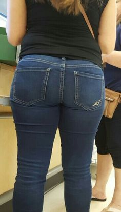 Tight Skinny Jeans (@TighSkinnyJeans) | Twitter Jeans Pants, Denim Jeans, Sheer Underwear, Chica Cool, Thick Girl Fashion, Skinny Jeans Style, Curvy Jeans, Tights Outfit, Express Jeans