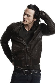 There's a great interview attached to this, I promise. Just have to unglue my eyes from this part first....{Hobbit star Luke Evans swaps the valleys for the Shire}