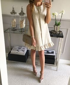 Stylish dresses, trapeze 2018 / All for women . Simple Dresses, Cute Dresses, Casual Dresses, Short Dresses, Fashion Dresses, Summer Dresses, Stylish Dresses, Mode Inspiration, Stylish Outfits