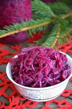 Kapusta czerwona na zimę (Sałatka z kapusty czerwonej na zimę) Meat Seasoning, Tree Carving, Polish Recipes, Tzatziki, Healthy Salads, Coleslaw, Beets, Preserves, Pickles