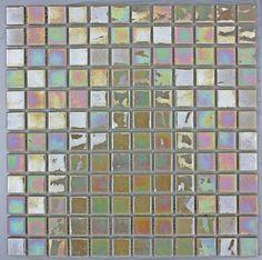 Iridis Magnolia 25x25mm Mosaic Tile