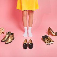 Descubra qual sapato combinar com as principais peças do seu guarda-roupa Stella Mccartney Elyse, Ideias Fashion, Style Me, Clothes For Women, Womens Fashion, Female Outfits, Sheer Tights, Low Boots, Colorful Shoes