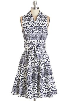Best Daisies Ever Dress. Whats better than the bouquet of fresh daisies youve just been given?  #modcloth