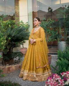46 ideas for womens fashion indian colour Pakistani Formal Dresses, Pakistani Fashion Casual, Indian Bridal Fashion, Pakistani Dress Design, Indian Wedding Gowns, Asian Wedding Dress, Pakistani Wedding Outfits, Latest Bridal Dresses, Wedding Dresses For Girls