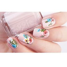 Crafty Fingers @craftyfingers Instagram spring pale pink floral nails