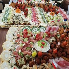 Aperitive spectaculoase Cobb Salad, Food, Salads, Essen, Meals, Yemek, Eten