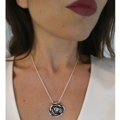 Collar Rosa Chapado en Plata