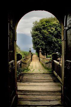 https://flic.kr/p/4bWvAd | Castello Ruspoli | Castello Ruspoli in Vignanello, Italy.