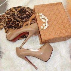 Nude high heels!! ❤