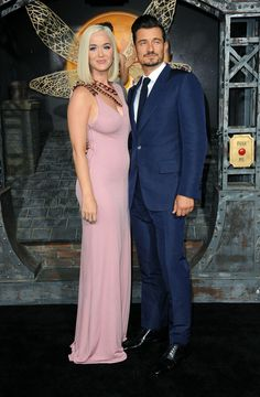"""Join 10 people right now at """"I Can Truly Envision Katy Perry in a Real Housewives Opening Sequence in This Dress"""" Celebrity Couples, Celebrity Style, Katy Perry Fotos, Tom Ford Dress, Actors Funny, People Having Fun, Fashion Couple, Orlando Bloom, Celebs"""