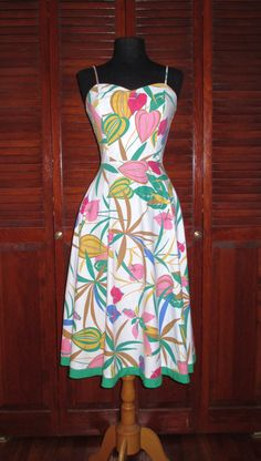 Vintage Hawaiian Dress by FlashyTrashHag on Etsy, $36.00