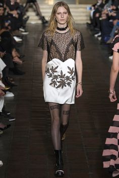 Alexander Wang Fall 2016 Ready-to-Wear Collection Photos - Vogue
