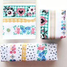 papier déco coloré / colorful paper for gift wrap