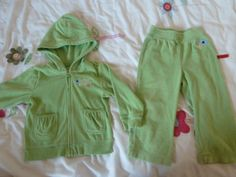 Girl spring bundle 12-18 months    * Buy without swapping for £25.00 Sex: Girl Age: 12-18 Months Season: Spring Brands: Baby Gap, Girondela,...