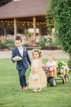 Wagon for young ring bearer