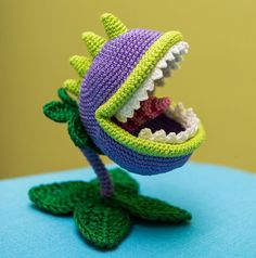 "Crochet Pattern of Chomper from ""Plants vs Zombies"" (Amigurumi tutorial PDF…"