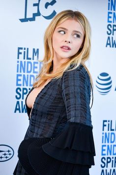 TheFappening Chloe Grace Moretz showed Tits at the Film Independent Spirit Awards. Chloe Moretz appeared at the event in a dress with a deep cleavage, which did Carrie, Chloe Grace Moretz, Hit Girl, Beautiful Female Celebrities, Laura Marano, Woman Crush, Beautiful People, Beautiful Women, Sexy Women