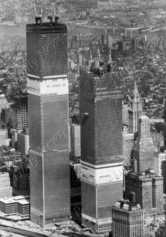 April 6, 1971 - World Trade Center Construction - DailyNewsPix