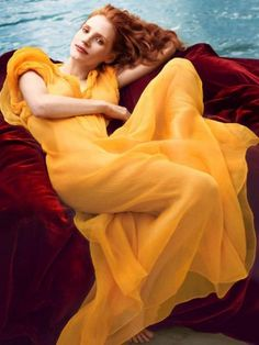 Jessica Chastain by Annie Leibovitz for Vogue US, This reminds me of a famous painting I have seen.