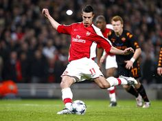 Not a Gunners fan, but have a lot of time for RVP. Like his style of play very much, great left peg!