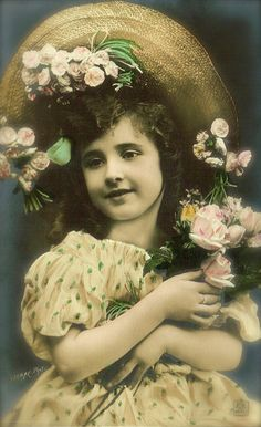 Edwardian Children, Romantic Sweet Little Girl with Hat & Flowers, Evocative Sweet Portrait Rare Original 1900s French Belle Epoque Postcard