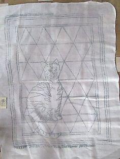 CAT ON RUG - RUG HOOKING PATTERN for PRIMITIVE - bleached linen