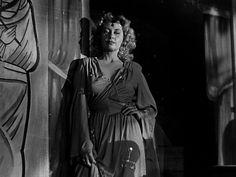 Joan Blondell from Nightmare Alley
