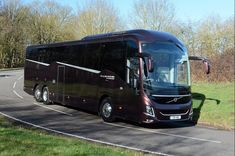 The all-new Volvo 9900 integral attracted significant attention when it appeared at Euro Bus Expo in October last year. Clearly proud of the latest member of its 'family,' Volvo is positioning the 9900 as a [. Eyebrow Shaper, Luxury Bus, Bus Coach, Volvo Trucks, Busses, Touring, Mercedes Benz, Ford, Solar House