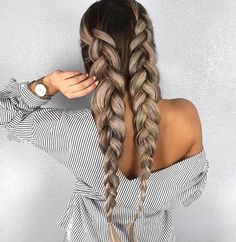 Voluminous braids are ideal for springtime #ashblonde #hairstyle #blondehair #haircolor