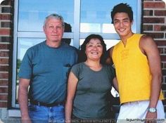 Daniel Henny with his mum and dad