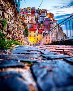 Cinque Terre, Italy                                                                                                                                                      Más