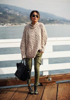Knitting Patterns Sweaters 60 Street Style-Inspired Fashion Ideas for Women Moda Streetwear, Streetwear Fashion, Fall Winter Outfits, Autumn Winter Fashion, Winter Style, Casual Winter, Winter Shoes, Summer Outfits, Look Fashion