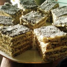 Mákos-krémes kocka Recept képpel - Mindmegette.hu - Receptek Poppy Cake, Hungarian Recipes, Hot Dogs, Sweets, Cookies, Desserts, God, Vegetarische Rezepte, Dinner