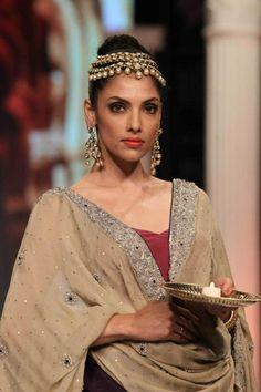 rk jewellers pearl polki earrings at IIJW 2013 via IndianWeddingSite.com