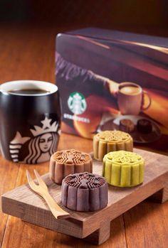 Starbucks mooncake