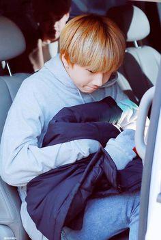 He's such a small, precious baby. K Pop, Nct 127, Winwin, Taeyong, Nct Dream, Seungri, Bigbang, Astro Jinjin, Park Jisung Nct