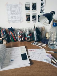 justagirltryingtostudy:  14.40 - wed 28. oct // half term means a lot of hard work and also a lot of flashcards