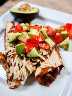 Black Bean Enchilada: just in time for Cinco de Mayo! Good Healthy Recipes, Delicious Vegan Recipes, Raw Food Recipes, Mexican Food Recipes, Cooking Recipes, Mexican Dishes, Vegan Foods, Vegan Dishes, Vegan Vegetarian