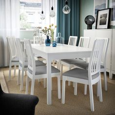EKEDALEN / EKEDALEN Table and 6 chairs, white, Orrsta light gray. Every table is unique, with varying grain pattern and natural color shifts that are part of the charm of wood. One person can quickly and smoothly extend the table before the guests arrive. White Dinning Table, Dining Room Table Decor, Decoration Table, Dining Chairs, Dining Set, Chaise Ikea, Best Decor, Under The Table, Painted Chairs